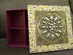 Caixa em MDF pintada com a tampa forrada em tecido e aplicação de latonagem em aluminio - 2014