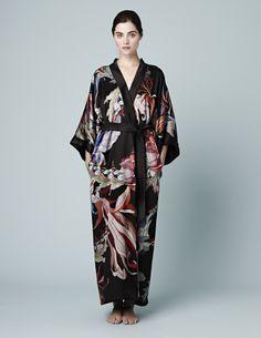 Meng AW14 loungewear - Red Flower print - silk satin kimono - black