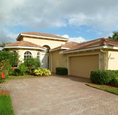 Florida real estate at Bold Real Estate Group we know all the Florida Communities, New Homes, Furnished Models and Builders. We can even save you money on Pre-Construction properties and find you a model lease-back money opportunity.
