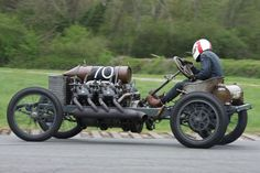old cars - Bing Images Classic Race Cars, Old School Cars, Train Car, Vintage Racing, Rat Rods, Big Trucks, Amazing Cars, Car Car, Cool Bikes