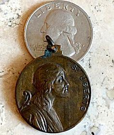Antique Signed Bronze Religious Medal Saint Hubert Uberto (Image1)