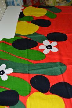 Vintage Tampella Scandinavian retro fabric, design Marjatta Metsovaara