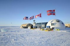 Scientists from USA, UK, Canada and Norway in Antarctica