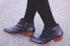 what to wear: petty by sam edelman
