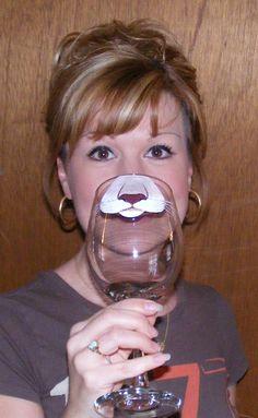 Rostro cambiante copa de vino PUMA CARA por Jennie Nelson por braintees