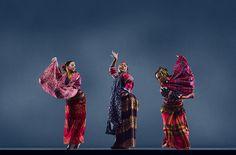 Madal | World Arts West : San Francisco Ethnic Dance Festival : Dancers : Parangal Dance Company