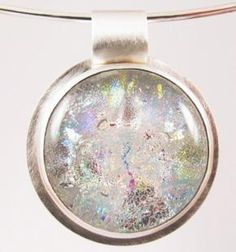 Opal Style on Neck Wire