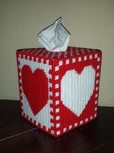 Handmade Finished Red/White Heart Checkerboard Tissue Box Cover by StephsStuffStudio on Etsy Plastic Canvas Stitches, Plastic Canvas Coasters, Plastic Canvas Tissue Boxes, Plastic Canvas Crafts, Plastic Canvas Patterns, Needlepoint Patterns, Cross Stitch Patterns, Box Patterns, Heart Patterns