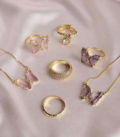 Hand Jewelry, Dainty Jewelry, Cute Jewelry, Jewelry Accessories, Arabic Jewelry, Jewelry Trends, Vintage Jewelry, Stylish Jewelry, Luxury Jewelry
