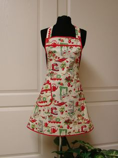 Michael Miller fabric turned into a wonderful vintage inspired apron.