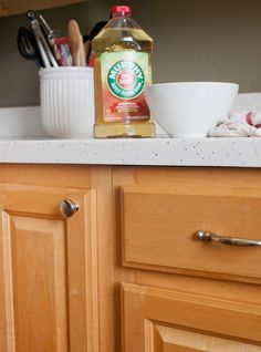 ~ How To Clean Wood Kitchen Cabinets (and the Best Cleaner for the Job) Spot-cleaning kitchen cabinets after spills and drips is easy enough, but finding a process and product that removes the grime and grease from daily use takes patience.