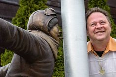 Hammond, Indiana statue to immortalize 'A Christmas Story' prank. The story takes place in the fictional northern Indiana town of Hohman (based on real-life Hammond, Indiana, where writer Jean Shepherd grew up). A Christmas Story, Christmas Movies, Christmas Fun, Hammond Indiana, Roadside Attractions, South Bend, Famous Places, Adventure Is Out There, Pranks