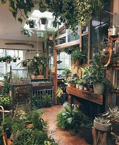 Gorgeous Attached Greenhouse Ideas_7