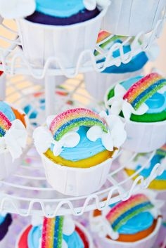 Cupcakes at a Rainbow Party #rainbowparty #cupcakes