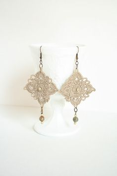 Crochet earrings/pendientes de ganchillo