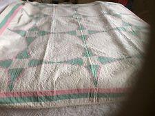 Vintage 1930's Antique Cotton Hand Stitched Quilted Quilt