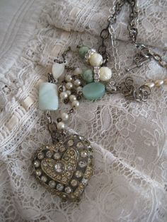 I don't want to be a jewelry maker but I'd love to make just one beautiful piece using vintage findings. This is gorgeous!