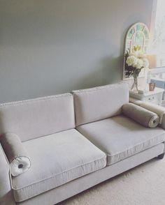 """I love chilled Sundays #homedecor #livigroom #livingroomdesign #livingroomideas #livingroomdecor #livingroominspo #greylivingroom #sofa #gumtree #secondhandfurniture #shabbychic #shabbychicdecor #lovemyhome #interiorstyling #interiordesign #interiør #interiordecor #interior #interiordesigner #interior123 #interior4all #prettyhome #actualinstahomes #lauraashley #gotitongumtree"" - @SarahBright90"