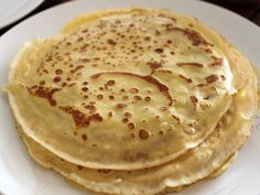 Crêpes allégées à 1 SP Plat et Recette The Effective Pictures We Offer You About special diets recipes A quality picture can tell you many things. You can find the most beautiful pictures that can be Crepe Recipes, Easy Baking Recipes, Low Carb Recipes, Cooking Recipes, Crepes, Ww Desserts, Dessert Recipes, Plats Weight Watchers, Tasty Pancakes