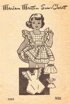 Vintage 1940 ébouriffé robe tablier, barboteuses et culottes pour filles et des jeunes enfants - Marian Martin couture modèle n° 9065 - taille 4 barboteuse3