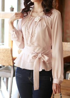 $9.70 Stylish Scoop Neck Long Sleeve Solid Color Chiffon Blouse For Women