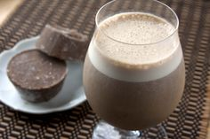 Muffin Tin Mania: Coffee Chocolate Smoothies.Make a smoothie as you normally would in a blender and then pour it into a muffin tin and put in the freezer. When you want a smoothie, put a couple frozen smoothie cups in the blender with some liquid (milk or water) and serve.
