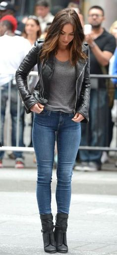 There are so many ways to wear a leather jacket! It's quickly starting to cool down, so you know it's time to pull them out. Leather jackets are a closet must-have and can go with literally anything whether you're fresh out of the gym or off to