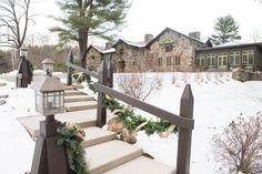 A wedding venue with festive holiday decor included? YES PLEASE! Willowdale Estate is a New England winter wedding venue with everything you need to host the perfect snowy reception day! Find out more: Willowdale Estate, Topsfield Massachusetts - WillowdaleEstate.com