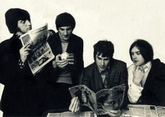 The Kinks reading :)