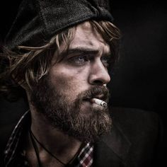 These striking portraits will change the way you see homeless people