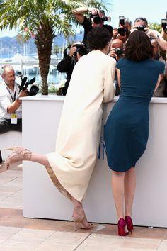 Jeanne Balibar y Paz Vega Celebrity Feet, Beautiful Women, High Neck Dress, Hair, Dresses, Fashion, Film Festival, Pictures, Turtleneck Dress