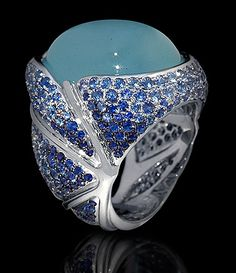 Mousson Atelier, collection New Age - Caterpillar, White gold 750, Aquamarine 20,60 ct., Sapphires