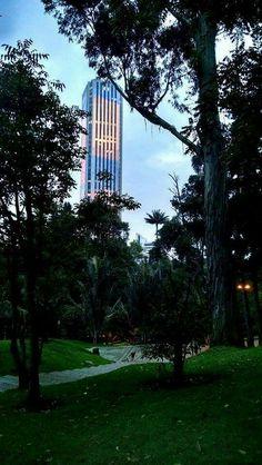 Bogota !!! Empire State Building, Bella, Travel, Places To Visit, Colombia, Viajes, Destinations, Traveling, Trips