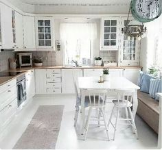 79 White Shabby Chic Kitchen Cabinets charming cottage eat in kitchen with table in the middle and window Shabby Chic Kitchen Cabinets, Kitchen Wall Shelves, Kitchen Decor, Kitchen Tables, Kitchen Island, Shabby Chic Bedrooms, Shabby Chic Decor, Cozinha Shabby Chic, My New Room