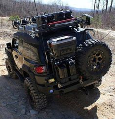 FJ Cruiser...more like it(;