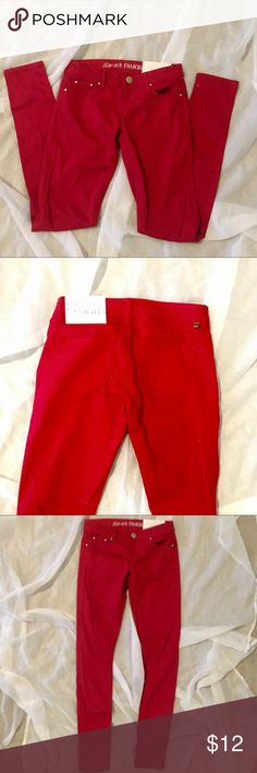 Almost Famous Red Skinny Jeans Brand New Almost Famous Red Skinny Jeans sz 3 Almost Famous Pants Skinny