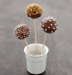 See related links to what you are looking for. Cake Pops Nutella, Cupcake Recipes, Dessert Recipes, Healthy Cupcakes, Cookie Pops, Marshmallow Pops, Homemade Butter, Warm Food, Cold Meals