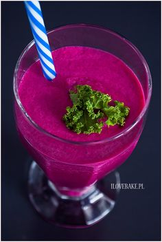 Koktajl z buraka - I Love Bake Smoothie Drinks, Smoothies, Raw Food Recipes, Dessert Recipes, Health Benefits Of Ginger, Healthy Sweets, Health Diet, Junk Food, Beets