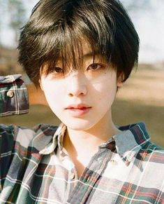 Populer Cute Korean Hairstyle For Short Hair 87 Images Korean Hairstyle Girl Short Hair, Popular Ideas! Girl Short Hair, Short Girls, Kpop Short Hair, Short Hair Tomboy, Ulzzang Short Hair, Black Girls, Black Teenagers, Tomboy Girl, Short Men