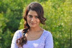 Payal Rajput stills from RX 100 movie. Payal Rajput is on cloud nine with her first big success. Her maiden Telugu film is setting box-office on fire. South Indian Actress Payal Rajput stills from RX 100 movie. Punjabi Actress, Tamil Actress, Bollywood Actress, South Actress, South Indian Actress, Actress Kiss, Kajol Saree, Girl Next Door Look, Movie Teaser