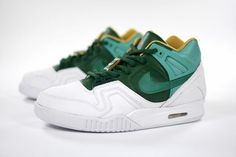 32dc3229b78 Nike Air Tech Challenge II SP