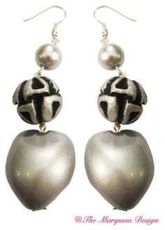 Silver and Seeds #TheMarquessDesign  Elegant silver and pearl drop earrings. A must for every wardrobe. Available thro' the  blog