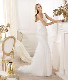 Pronovias te presenta el vestido de novia Lacan. Fashion 2014. | Pronovias
