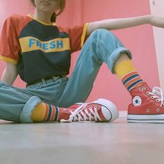 Style Vintage Outfits Retro 20 Ideas Source by deeviaulia clo. Style Vintage Outfits Retro 20 Ideas Source by deeviaulia clothes Retro Aesthetic, Aesthetic Fashion, Aesthetic Clothes, Look Fashion, Korean Fashion, Fashion Outfits, Aesthetic Style, Aesthetic Outfit, Aesthetic Dark