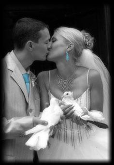 Love-a-Dove is a White Wedding Dove Release Service in the St Thomas, London and Aylmer, Ontario area Love Pictures, Wedding Pictures, Wedding Ideas, Wedding Planning, Dove Release, Dove Flying, White Pigeon, Wedding Doves, Let The Fun Begin