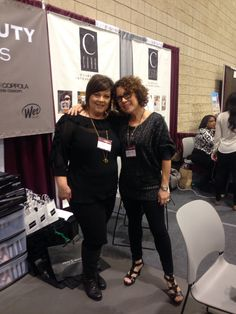 Lezlie & Leslie of Price Beauty Distributors & Cara Cosmetics presenting at Premiere Birmingham. #premierebirmingham