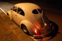 vw ... split ... beetle ...  (ô.\_!_/.ô)