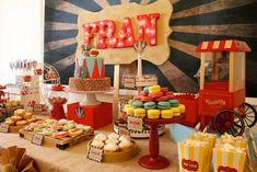 Vintage Peach & Mint Circus Party {Planning, Ideas, Decor, Cake}