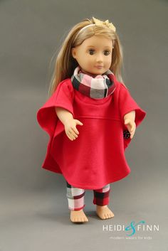 Free Sewing pattern: Hooded or cowl poncho cape for an d.-Free Sewing pattern: Hooded or cowl poncho cape for an doll Free pattern: Hooded or cowl poncho cape for an doll - American Girl Outfits, Ropa American Girl, American Doll Clothes, Sewing Doll Clothes, Crochet Doll Clothes, Girl Doll Clothes, Girl Dolls, Ag Dolls, Barbie Clothes