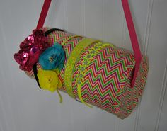 diy headband holder-one more...i like that this one can hang..also uses decorative duct tape instead of gluing paper on